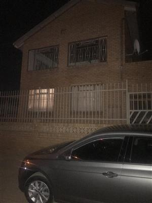 Flat to let in Laudium ext 3