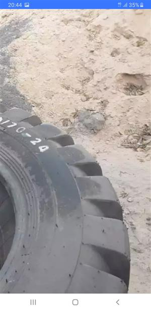 16/70/24 loader tyres for sale brand new