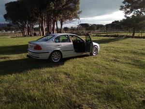 2000 BMW 3 Series 328i auto