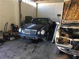 mercedes benz e320 in Car Spares and Parts in South Africa