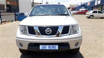 2007 Nissan Pathfinder 4.0 V6 LE automatic