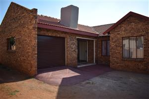 Annlin ext 37 3 Bedroom House for sale