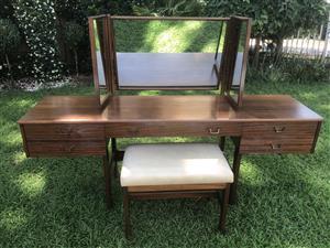 Solid emboya bedroom furniture - Die Wilgers Pretoria