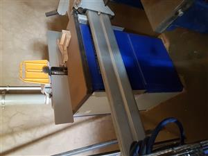 10 inh Plainer, thickneser mortecer machine