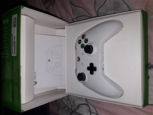 Xbox one controller in box