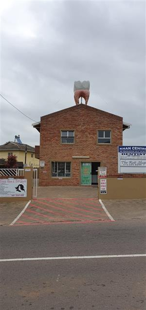 40sqm OFFICE SPACE TO LET IN PALMVIEW,PHOENIX,OPP CHECKMART ON BUSY MAIN RD.