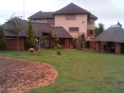 House For Sale in RIETFONTEIN