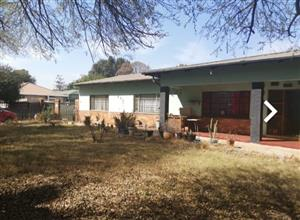Huge house for sale in Daspoort Pretoria