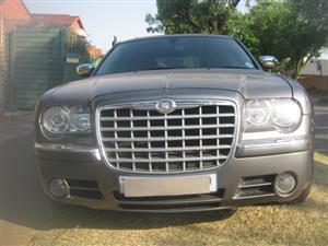 2006 Chrysler Hemi 300C - Immaculate Vehicle - R110,000