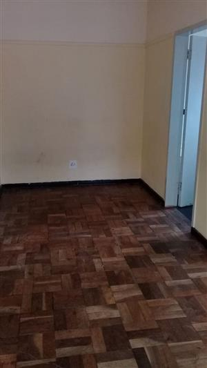 Large Studio Apartment in Secure block