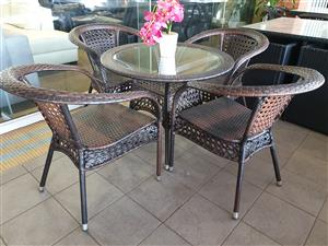 Dubbo 4 seater patio set for sale WAS R 5795 NOW R 3995