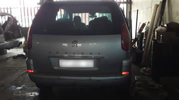 Peugeot 807 Stripping for Spares