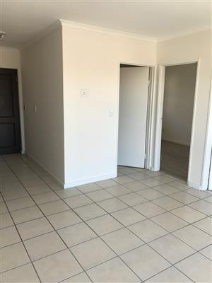 Beautiful 2 Bedroom Flat in Secure Complex to let in Grassy Park.