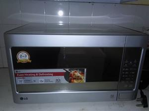 LG micro oven