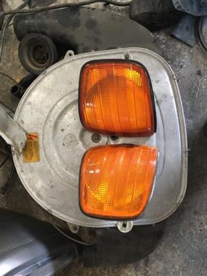 Mercedes-Benz w126 front indicators