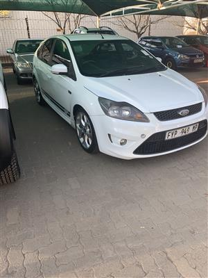 2009 Ford Focus hatch 5-door FOCUS 2.5 ST 5Dr