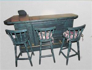 Bar Counter / Workbench / Breakfast Nook