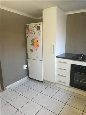 Bachelor Flatlet To Hire
