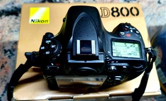 Nikon D800 with only 22000 shutter counts:  R18 000-00