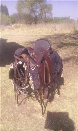 Australian outback saddle
