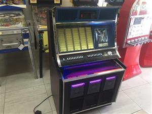 Rock-Ola 445 Jukebox , 7 singles player for sale