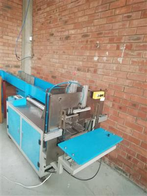 TOILET ROLL AND KITCHEN TOWEL MACHINE FOR SALE