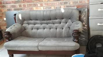 Solid Embuia wood lounge suite