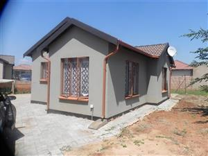 Family Home in The Orchards for rent