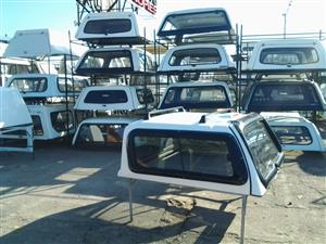 PRE OWNED SKYTOP NISSAN NP300 DC CANOPY FOR SALE!!!!!!!