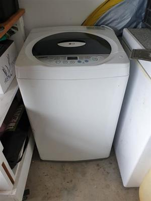 Samsung Fuzzy Logic 8.2kg top Loader washing machine