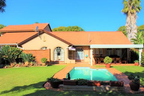 Sturdy Immaculate 4 Bedroom home.