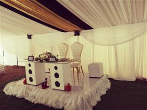 Bride anf groom glass table R2500.00
