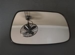 Toyota Corolla 2006 Runx Shape RH Manual Mirror Glass