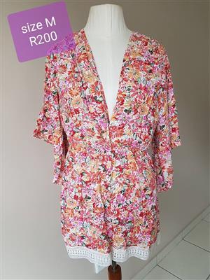 Floral summer medium size gown