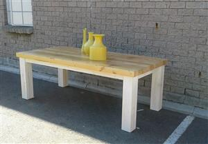 Solid sustainable Dining Tables