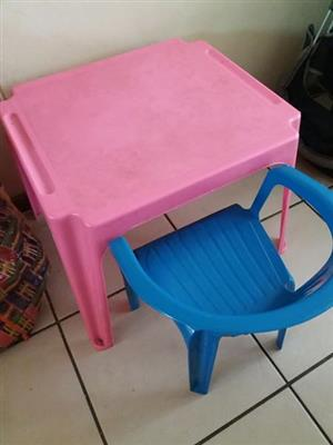 Pink kiddies desk and blue chair