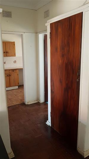 Townsview 1bedroomed flat to rent for R3500