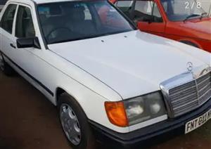 1988 Mercedes Benz 200E