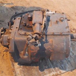 Fuller 8 spead gearbox