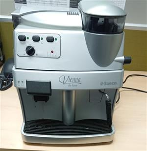 Saeco vienna deluxe coffee machine