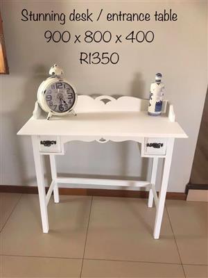White entrance table/desk for sale