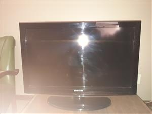 "samsung 32"" LED television"