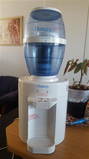 Luxury Water Tower - Hot and Cold Water purifier