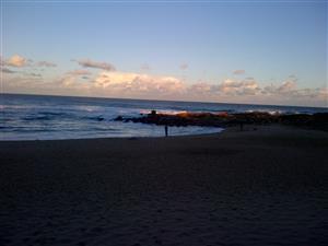 Beachfront. Step onto the beach. See the sea, hear the sea, SEAVIEWS, Sleeps 6