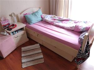 2 sets bed bookshelf and side table