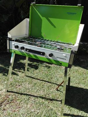 Camping 3-burner gas cooker