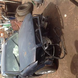 Stripping Audi A4 B6 2004 for Spares