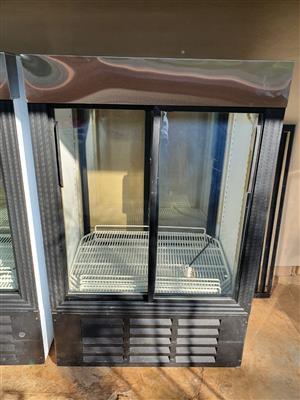 Glass sliding-door fridges