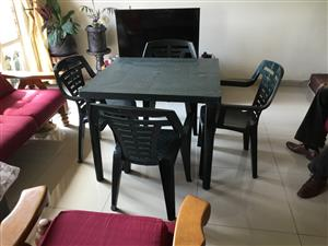 Table and four chairs, in good condition.  Call 0826632575
