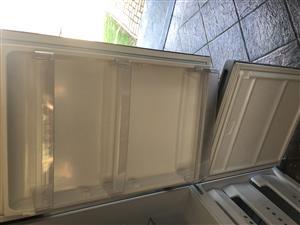 KIC Fridge Freezer in Excellent condition